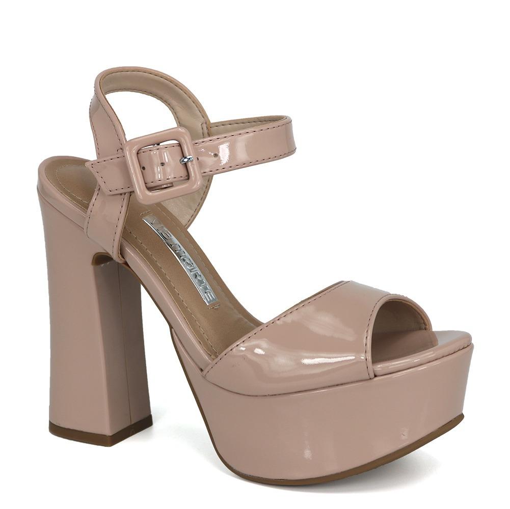 18cd60cb0 promoção sandália feminina meia pata via marte 17-11204 pele. Carregando  zoom.