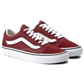 d9ec4c5b59 Tênis Urban Boards Feminino Vans Authentic Old Skool - Vans Bordô no ...