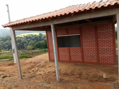 pronto para construir em ibiuna com portaria agua e luz j