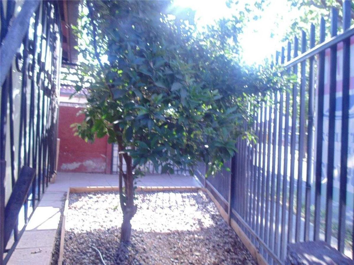 propiedad aislada, cerca de metro rojas magallanes