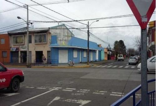 propiedad comercial con locales y cabaña