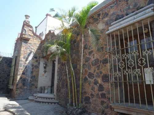 propiedad comercial restaurant renta avenida teopanzolco 504