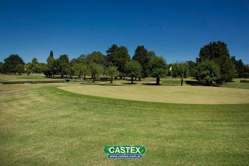 propiedad con vista al golf