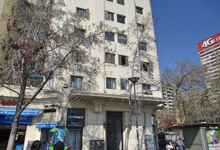 propiedad en edificio turri / baquedano / plaza italia