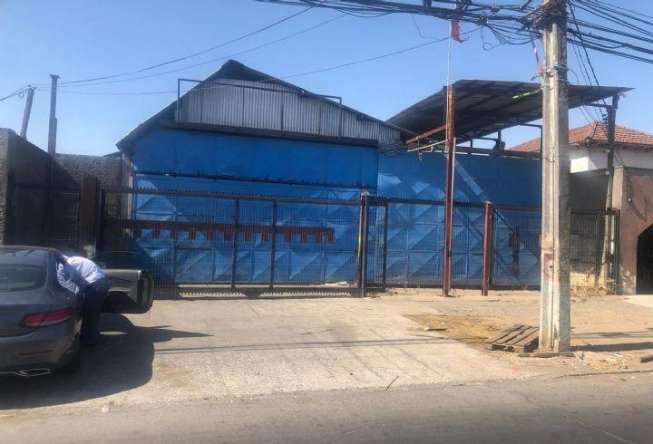 propiedad en galpon con oficinas en avenida cerrillos