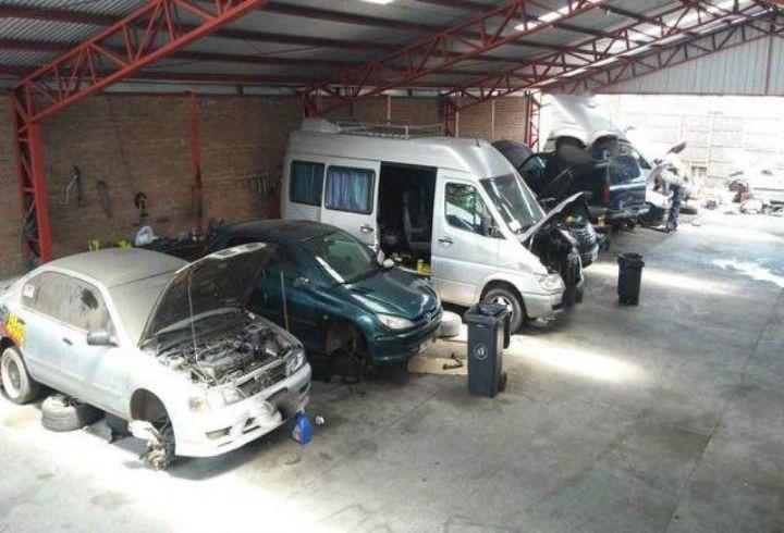 propiedad en local comercial para automotora