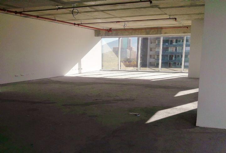 propiedad en metro manquehue/ los militares of 76.31 m2