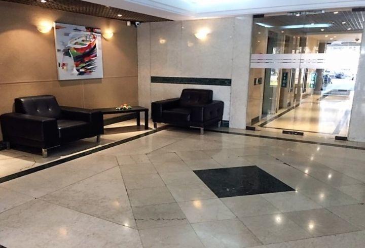 propiedad en metro tobalaba