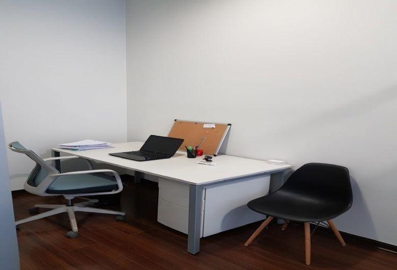 propiedad en oficina en arriendo sector parque arauco
