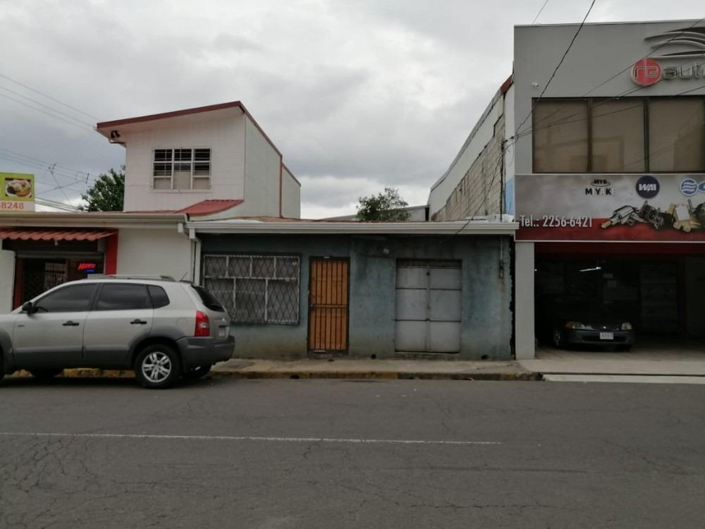 propiedad en san josé , calle principal de barrio mexico.