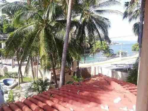 propiedad en venta frente a playa la angosta, acapulco