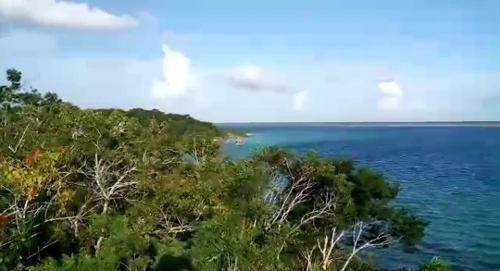 propiedad front beach l bacalar
