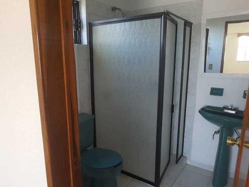 propiedad ideal para clínica, escuela o restaurant  casa blanca metepec edo mex.