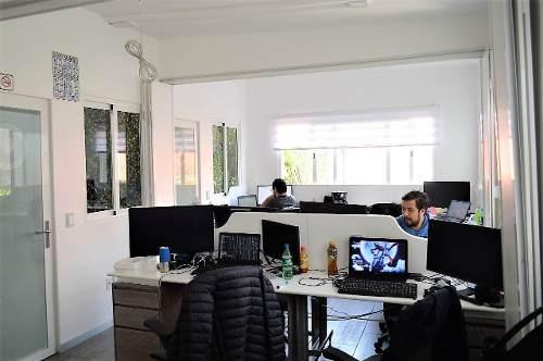 propiedad para oficinas  en  bosques de echegaray  con uso d
