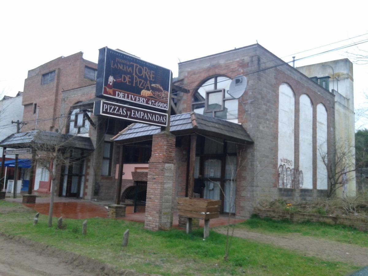 propiedad para restaurant en av. 3 e/145-146  multiples usos