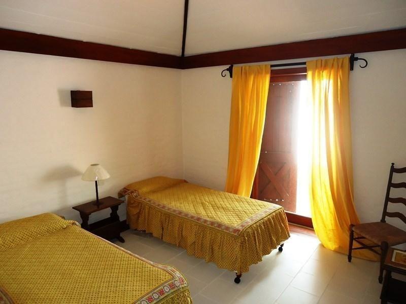 propiedad suspendida 5 dormitorios   mar caspio