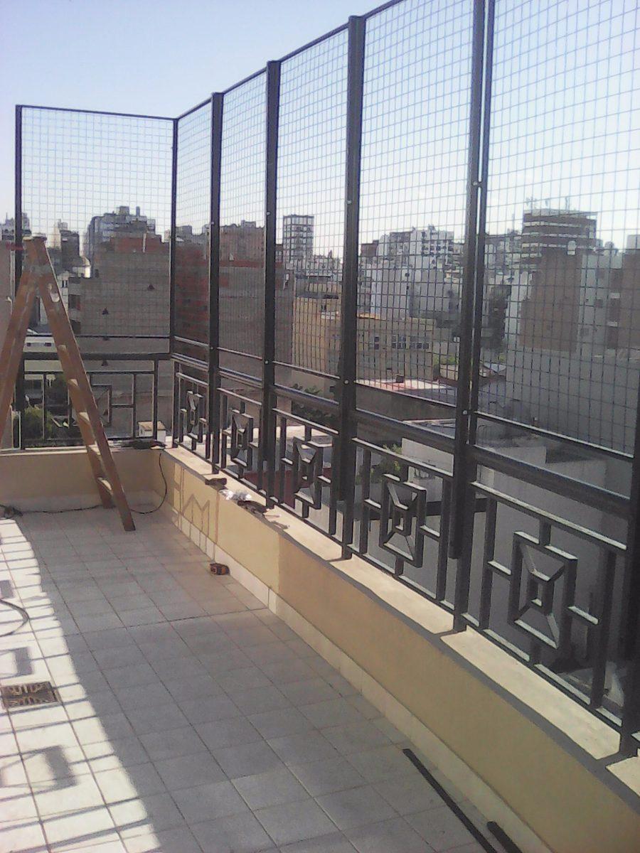 Balcones y terrazas good balcones terrazas barandillas - Proteccion para terrazas ...