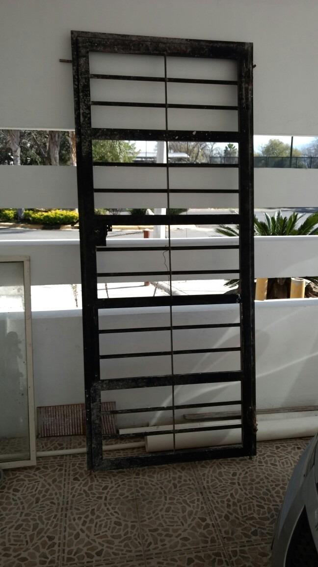 Protecciones de herrer a para puerta y ventana usadas for Compro puertas usadas