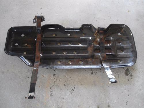 proteção tanque hilux 3.0 diesel original usado 05/15