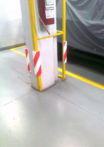 protector de columnas para garajes y estacionamientos