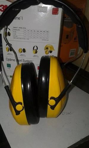 protector de oídos marca 3m.