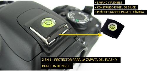 protector de zapata del flash y nivel para cámaras reflex