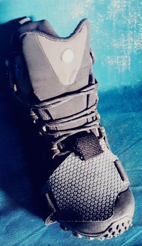 protector de zapato para motociclista