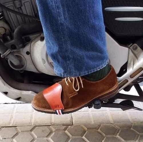 769695612030d Protector De Zapatos Para Motocicleta En Cuero -   16.999 en Mercado Libre