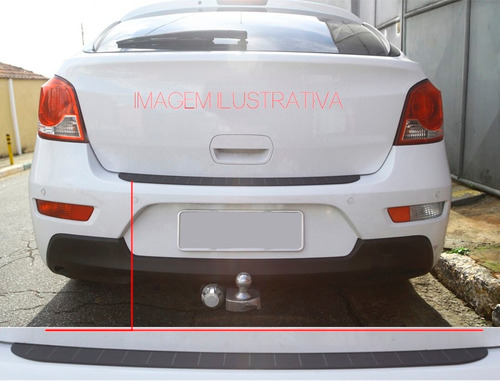 protetor externo de porta mala fiat linea 2009 / 16