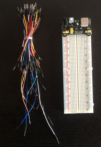 protoboard mb102 + modulo 3.3 y 5.v + 65 cables