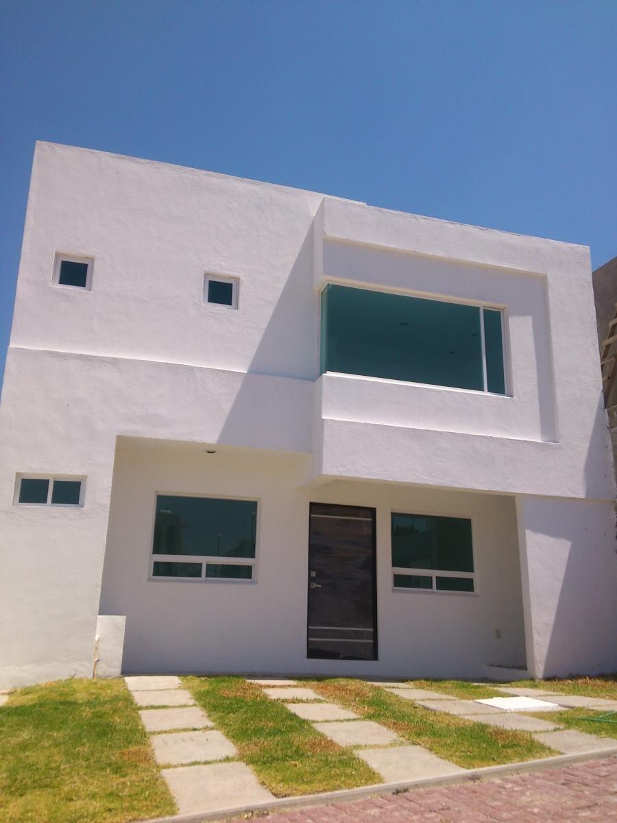prototipo de casa en venta en cañadas del arroyo