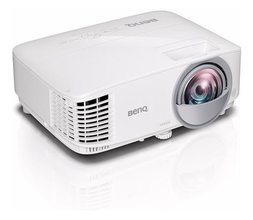 proyector benq tiro corto educación mw826st wxga 3400 lúmenes