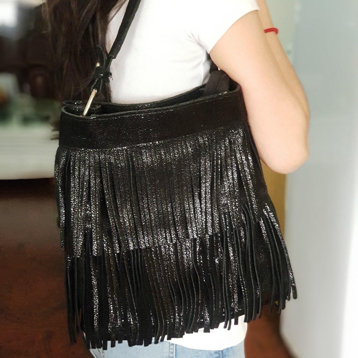 e7baaa8cc4d78 prune cartera bolso hombro cuero negro brillo flecos navidad. Cargando zoom.