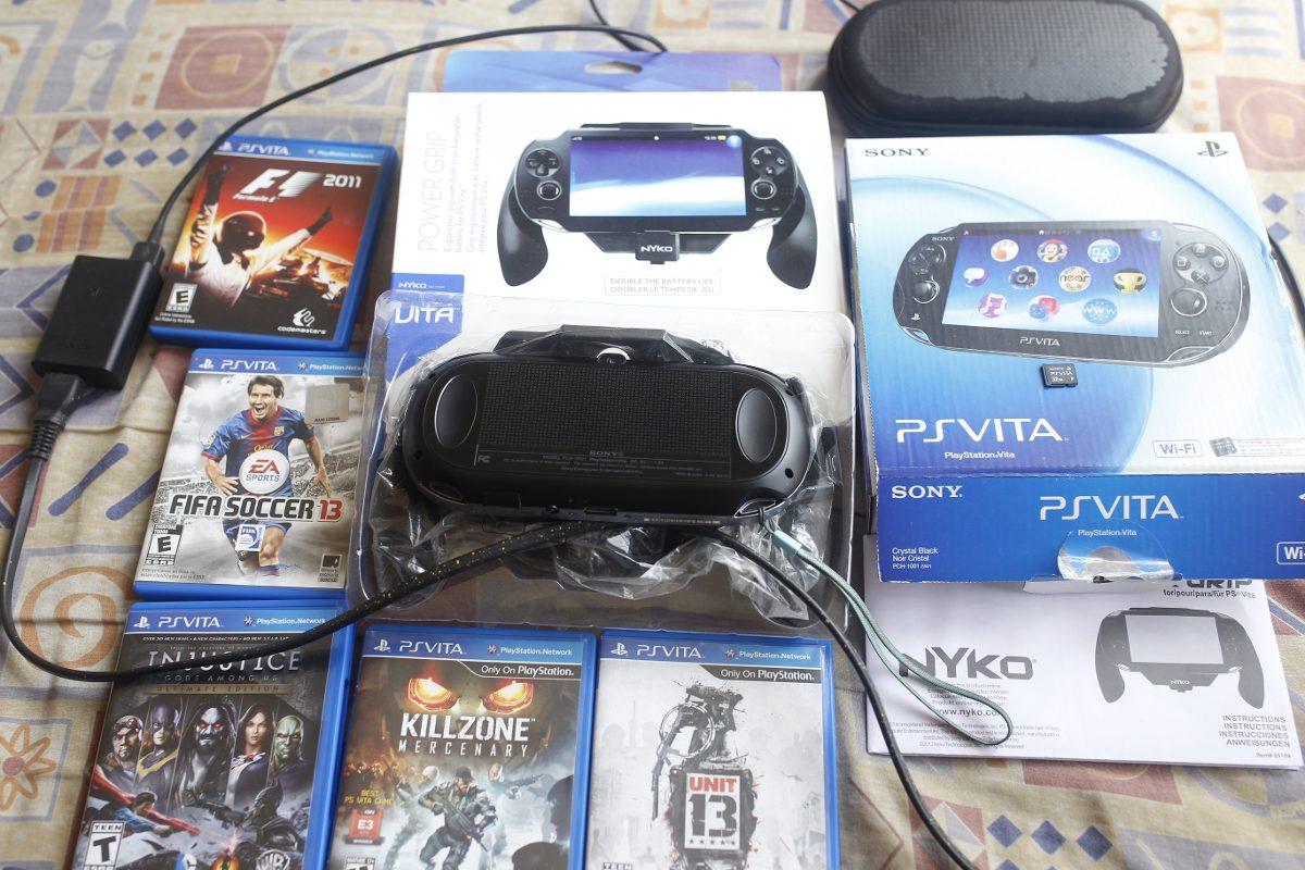 Ps Vita Wifi Pch 1001 5jogos 3 Nyko 32gb Case Usado R 111999 Em Cystal Carregando Zoom