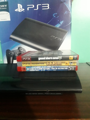 ps3 super silm 500gb de ram + 1 joystick + 8 juegos