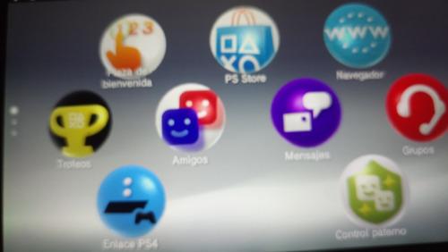 psp vita slim usado con 5 juegos y memoria de 8 gb