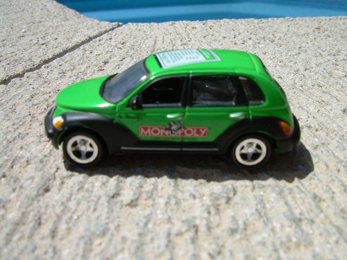 pt. crusier  2002 de johnny lightning 1:64  vv4