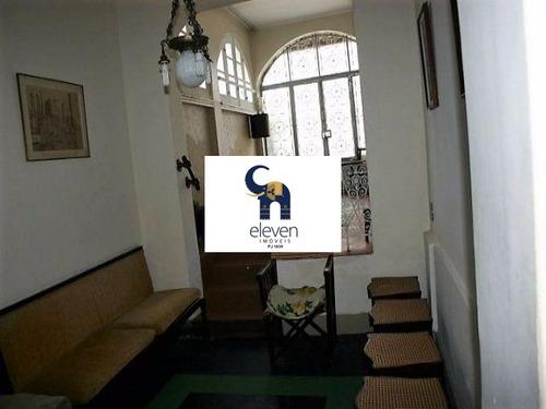 pub - tbf0030 - 4388711