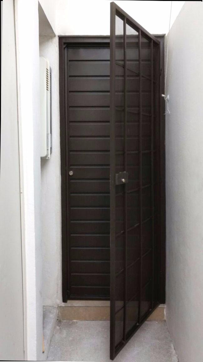 Puerta acero l mina y mosquitera 4 en mercado - Como hacer una puerta mosquitera abatible ...