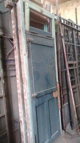 puerta antigua crucera con postigo a reciclar 84 x 2.30m