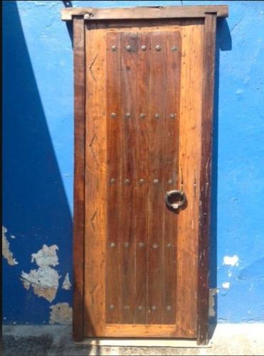 puerta antigua de madera de huanacaxtle