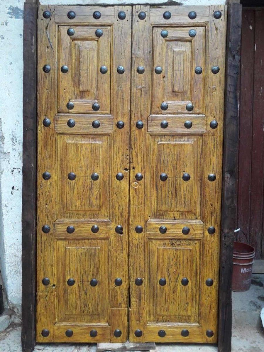 Puerta antigua madera con ventanas 27 en for Como restaurar una puerta antigua de madera