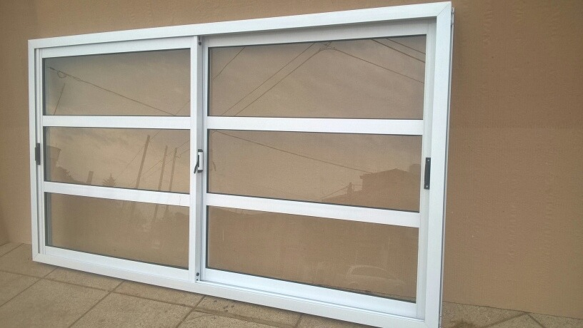 Puerta Balcón 3 X 2 Reforzada Vidrio Repartido Horizontal - $ 10.350 ...