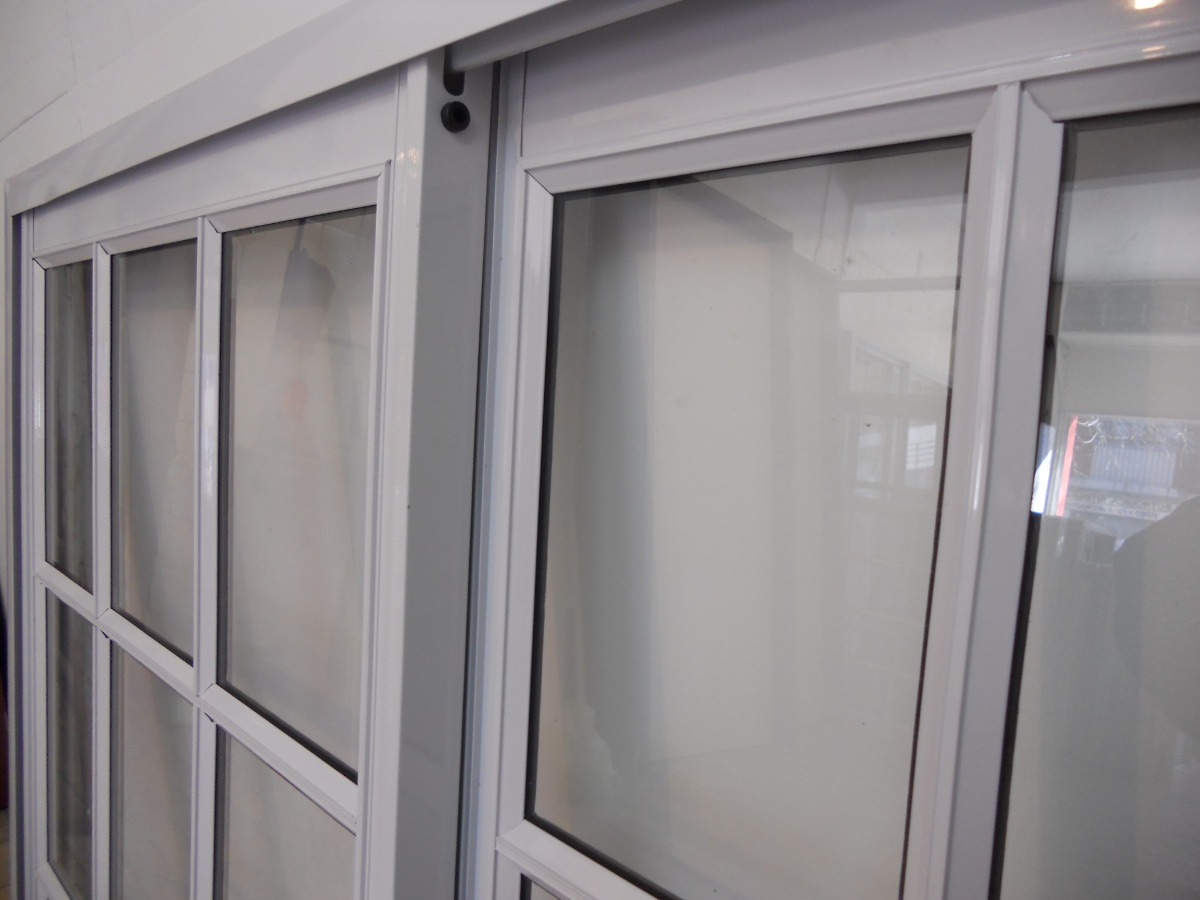 Puertas de aluminio corredizas puertas corredizas de for Puerta balcon aluminio
