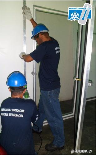 puerta cava cuarto cuarto frio fabricación personalizada