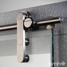 puerta colgante en vidrio y puerta plegable en vidrio