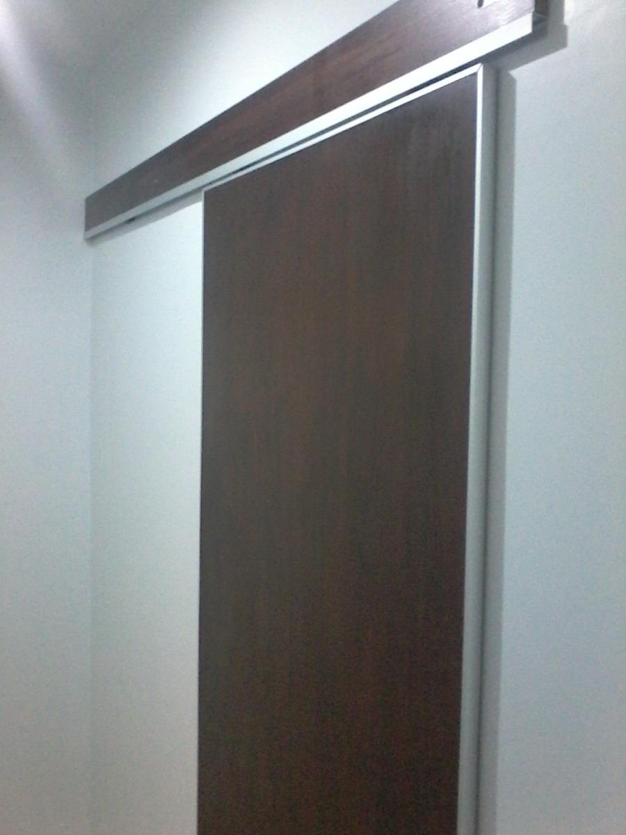 Puertas corredera de madera bao con bajolavabo volado en for Riel puerta corredera