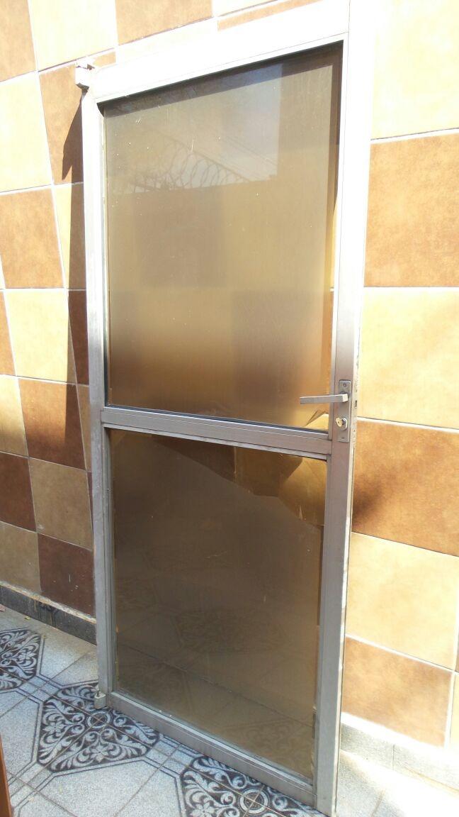 Puerta de aluminio con cristal templado 1 en mercado libre - Puerta de aluminio con cristal ...