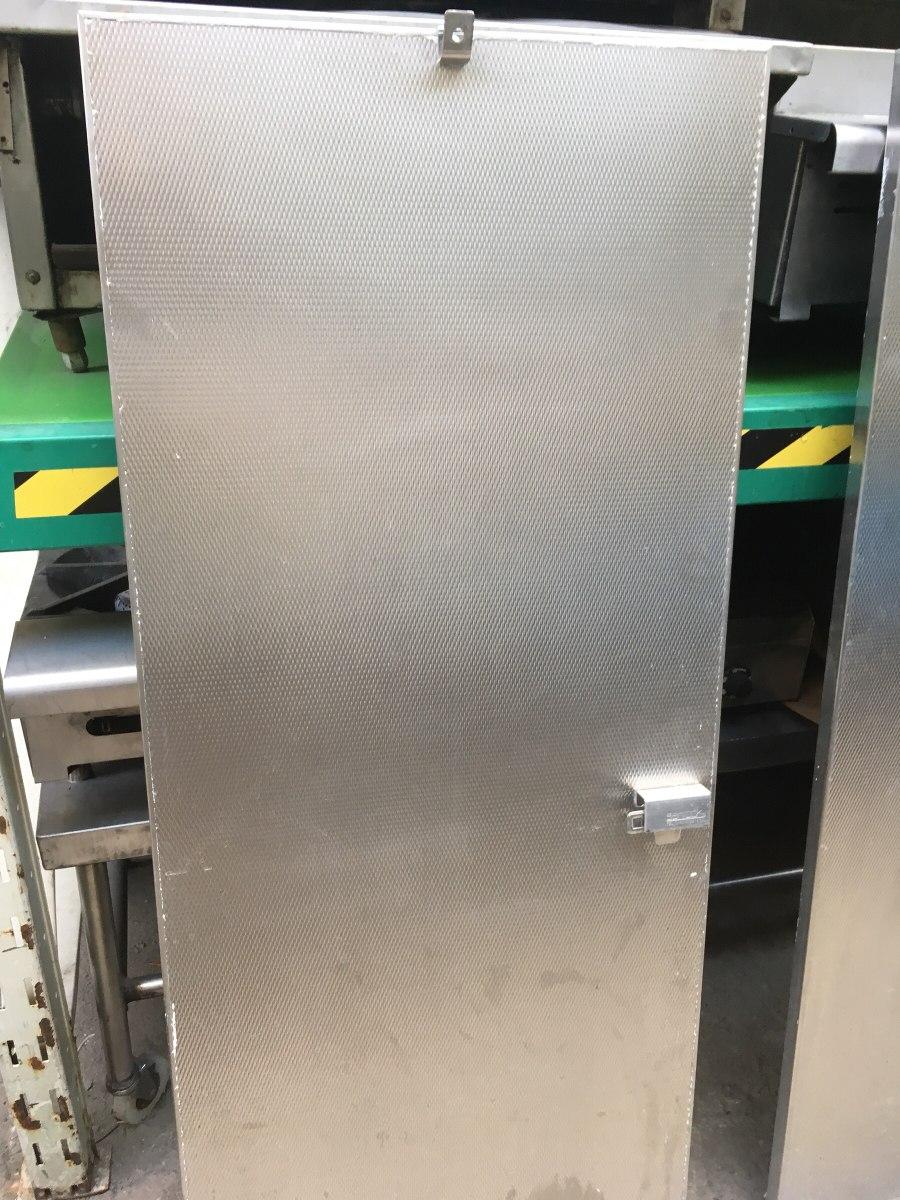 Puertas de aluminio para bano publico vidrios y aluminios - Puertas para el bano ...
