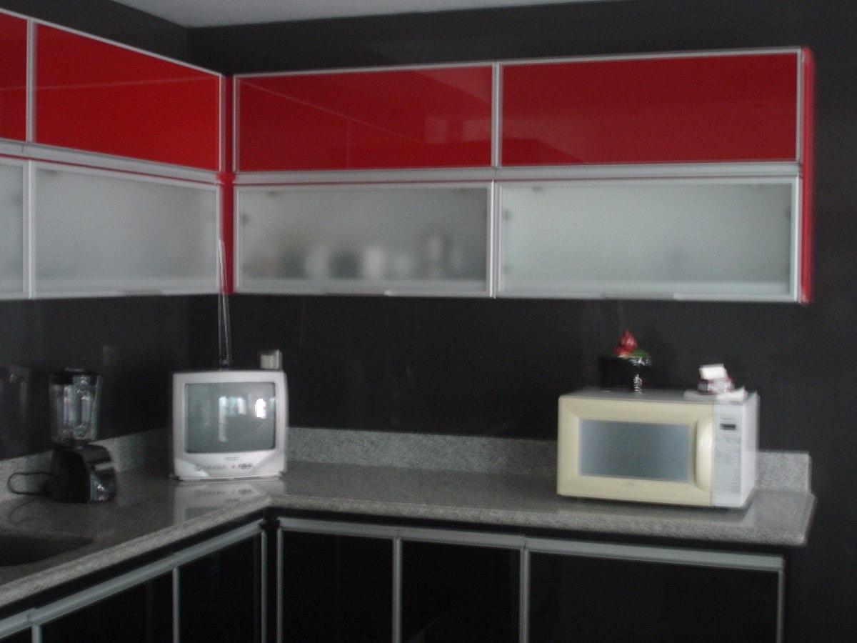 Puerta de aluminio para cocina x en for Armado de gabinetes de cocina